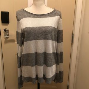 Vince Camuto holiday sweater Large NWT
